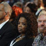 Oprah Winfrey y Richard Branson durante el funeral de Nelson Mandela en Qunu