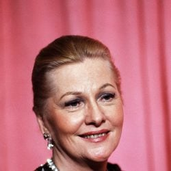 Joan Fontaine en la 50 edición de la gala de los Oscar