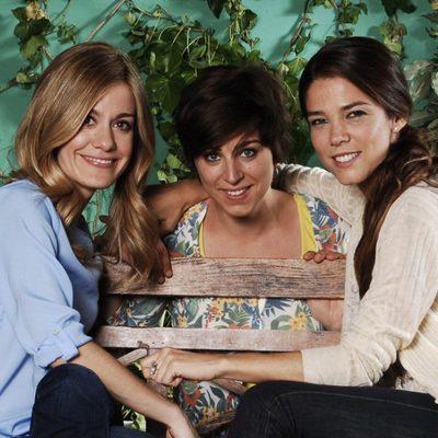 Alexandra Jiménez, Nausicaa Bonnin y Juana Acosta son hermanas en 'Familia'