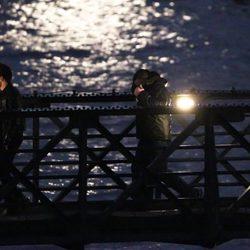 One Direction sobre el Puente de la Torre de Londres en el rodaje de su último videoclip