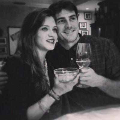 Iker Casillas y Sara Carbonero brindando por 2014