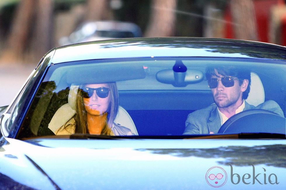Ana Boyer y Fernando Verdasco en el coche del tenista