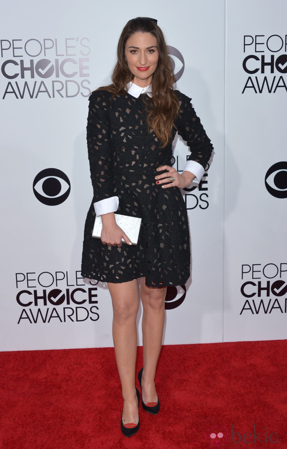 Sara Bareilles en la alfombra roja de los People's Choice Awards 2014