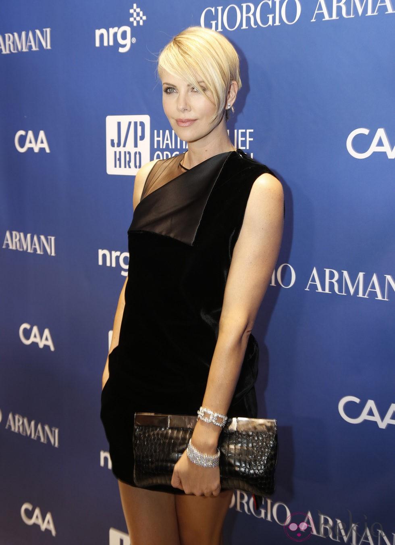 Charlize Theron  en la tercera gala benéfica  'Sean Penn & Friends HELP HAITI HOME