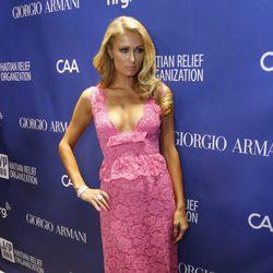 Paris Hilton  en la tercera gala benéfica  'Sean Penn & Friends HELP HAITI HOME