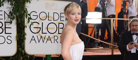 Jennifer Lawrence en la alfombra roja de los Globos de Oro 2014