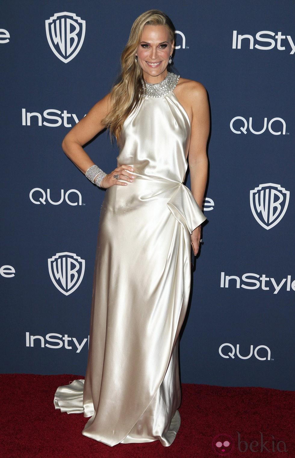 Molly Sims en la fiesta Warner Bros. tras la entrega de los Globos de Oro 2014