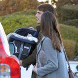Iker Casillas y Sara Carbonero llevan a su hijo Martín a una revisión médica