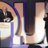 Agustín Almodóvar agradece su Medalla de Oro junto a Pedro Almodóvar en los Premios José María Forqué 2014
