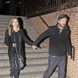 Kira Miró y Macaco en la misa funeral por Simone Bosé
