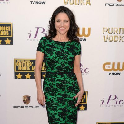 Julia Louis-Dreyfus en la alfombra roja de los Critics' Choice Movie Awards 2014
