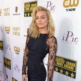 Margot Robbie en la alfombra roja de los Critics' Choice Movie Awards 2014