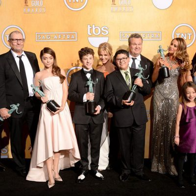 El reparto de 'Moderm Family' ganadores de los Premios del Sindicato de Actores 2014