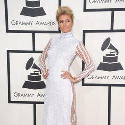 Paris Hilton en la alfombra roja de los Grammy 2014