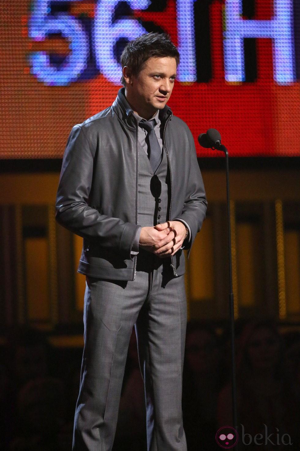 Jeremy Renner en la entrega de los Grammy 2014