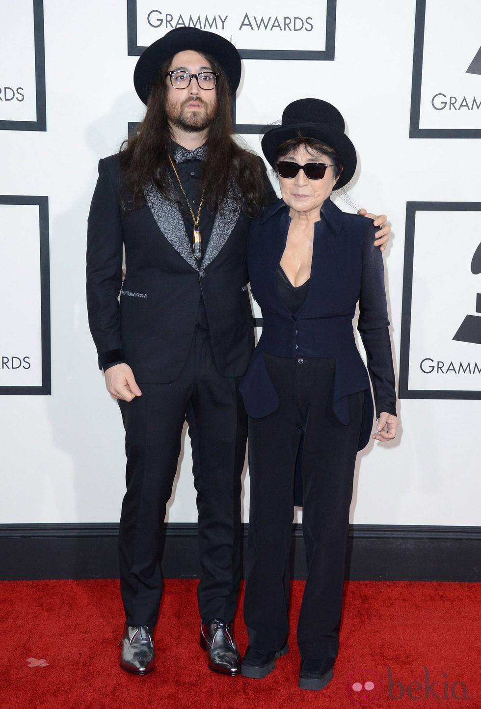 Sean Lennon y Yoko Ono...
