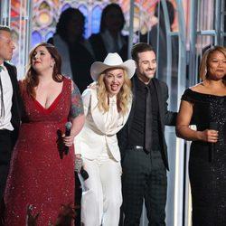 Macklemore, Mary Lambert, Madonna, Ryan Lewis y Queen Latifah en los Grammy 2014
