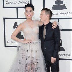 Katy Perry y su hermano David Hudson en los Grammy 2014