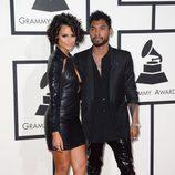 Nazanin Mandi y Miguel en la alfombra roja de los Grammy 2014