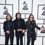 Geezer Butler, Tony Iommi y Ozzy Osbourne en la alfombra roja de los Grammy 2014