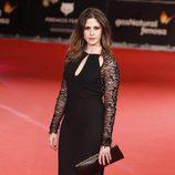 Bárbara Santa Cruz en la alfombra roja de los Premios Feroz 2014