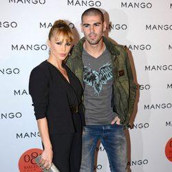 Víctor Valdés y Yolanda Cardona en el front row de Mango en la 080 Barcelona Fashion 2014