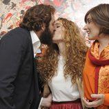 Blanca Cuesta se besa con Borja Thyssen en la inauguración de su exposición de cuadros