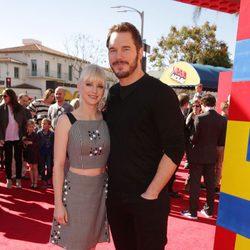 Anna Faris y Chris Pratt en el estreno de 'La Lego Película'