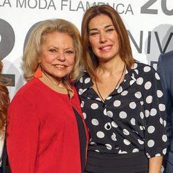 Mayra Gómez Kemp y Raquel Revuelta en el SIMOF 2014