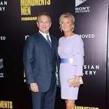 Hugh Bonneville y su esposa en el estreno de 'Monuments Men' en Nueva York