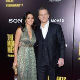 Matt Damon y Luciana Barroso en el estreno de 'Monuments Men' en Nueva York