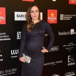 Irene Montalà presume de embarazo en los Premios Gaudí 2014