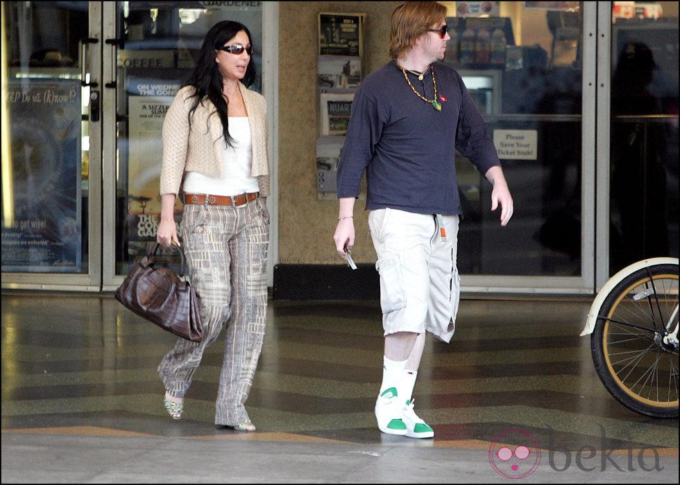 Cher y su hijo Elijah Blue Allman en 2005