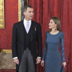 Los Príncipes Felipe y Letizia en la recepción al Cuerpo Diplomático 2014