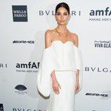 Lily Aldridge en la gala amfAR 2014 de Nueva York