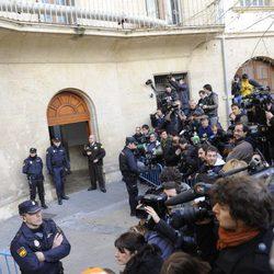 La prensa mundial congregada por la declaración de la Infanta Cristina
