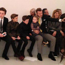 David Beckham con sus cuatro hijos en la Semana de la Moda de Nueva York 2014