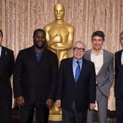 Los directores candidatos al Oscar 2014 posan en el almuerzo de los nominados