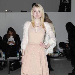 Dakota Fanning en la Semana de la Moda de Nueva York 2014
