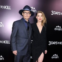 Johnny Depp y Amber Heard en el estreno de '3 Days to Kill' en Los Angeles