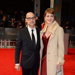 Stanley Tucci y Felicity Blunt en los BAFTA 2014