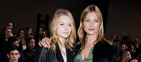 Kate y Lottie Moss en el front row de la Semana de la Moda de Londres 2014