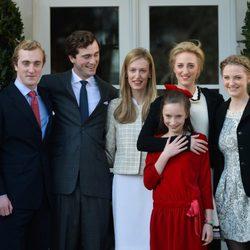 Amadeo de Bélgica con sus hermanos en el día de su compromiso con Elisabetta Rosboch