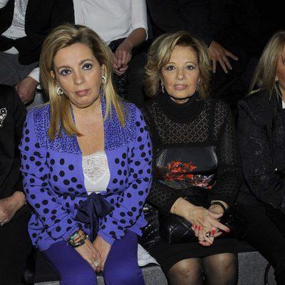 María Teresa Campos y Carmen Borrego en el desfile de Hannibal Laguna en Madrid Fashion Week 2014