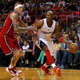 Lamar Odom jugando al baloncesto con Los Angeles Clippers