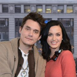 Katy Perry y John Mayer en un programa de 'Good Morning America'