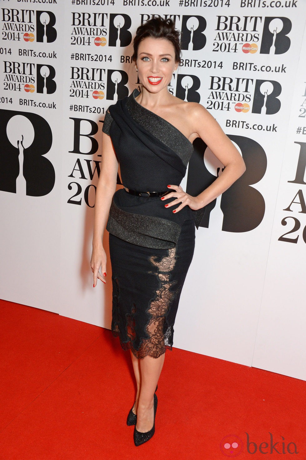 Dannii Minogue en los Brit Awards 2014