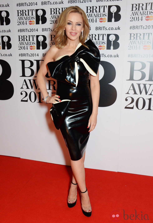 Kylie Minogue en los Brit Awards 2014