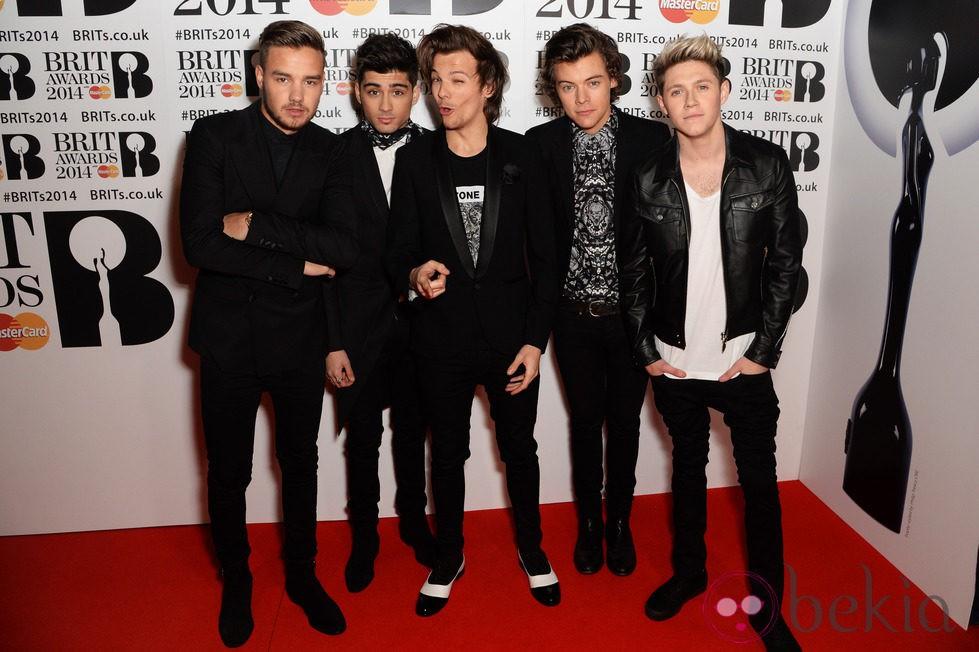 One Direction en los Brit Awards 2014