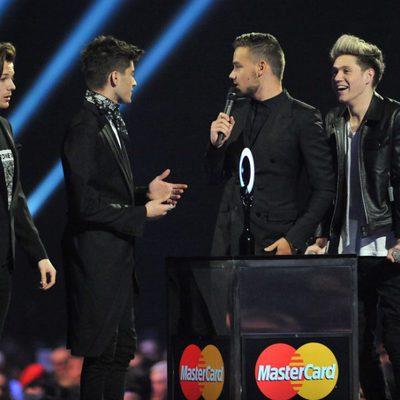One Direction recogen el premio al mejor vídeo británico en los Brit Awards 2014
